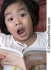 Discovery - Little girl get shocked in reading