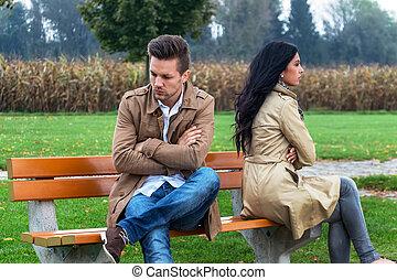 discusión, pareja
