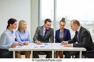 discussie, documenten, hebben, handel team