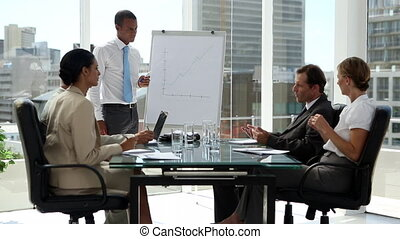 discussion affaires, pres, gens