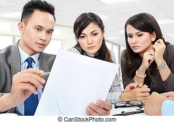 discussion, bureau affaires