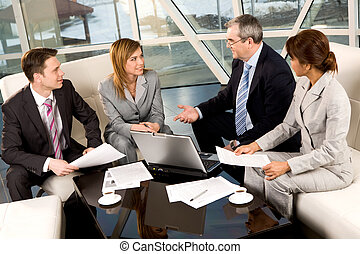 Discussion - Portrait of confident business partners ...