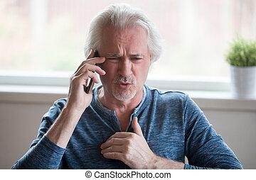 discussione, arrabbiato, telefono cellulare, invecchiato, detenere, uomo