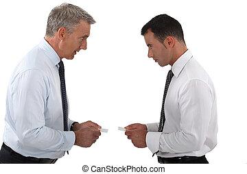 discuter, hommes affaires