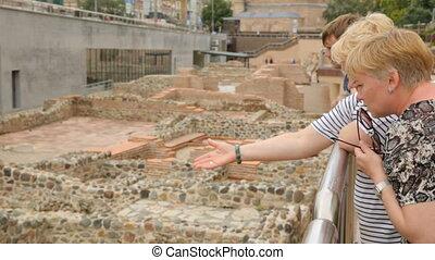 discuter, ruines, femmes, serdica, sofia, deux