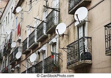 dishes., satélite, apartamento