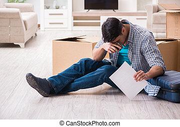 disoccupato, uomo, ricevimento, preclusione, avviso, lettera