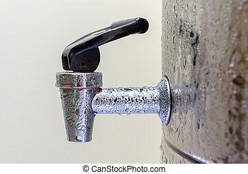 distributeur, robinet eau, plus frais