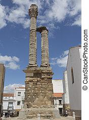 Distyle of Zalamea de la Serena, impressive roman funerary remains, Spain
