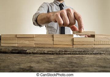 dita, collocazione, blocco legno, su, attendente, pila