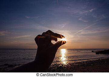 dita, di, donna, presa, il, sole, su, sunset.