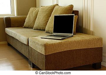 divano, laptop