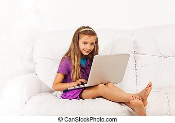 divano, ragazza, laptop