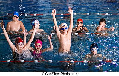 diversión, .childrens, teniendo, piscina, natación