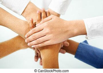 diverso, pessoas, mão, em, unidade
