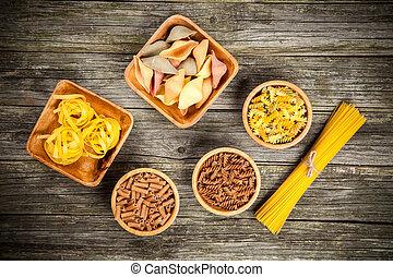 diversos tipos de pastas