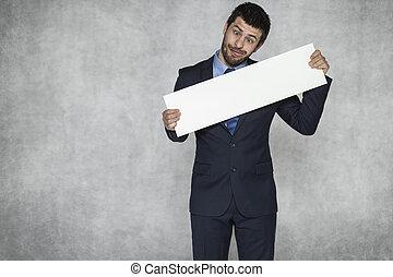 divertido, hombre de negocios, con, un, pedazo de papel