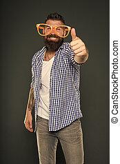 divertimento, beard., entretendo, óculos, mente, glasses., desfrutando, partido., sujeito, himself., moda, barbudo, engraçado, meu, accessory., brincalhão, extravagante, só, homem, partido, desgastar, hipster