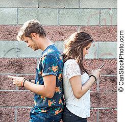 divertimento, coppia, ha, smartphone