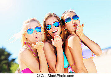 divertimento, mulheres, tendo, praia, grupo