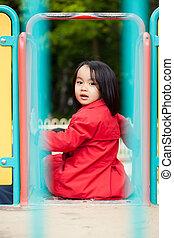 divertimento, ragazza, asiatico, campo di gioco, detenere
