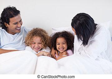 divertimento, tendo, família, quarto