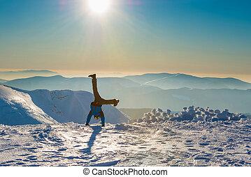 divertimento, tendo, homem jovem, neve
