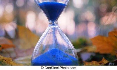 dix, passé, rue, sand., evénements, idée, progrès, sable, arrière-plan., lifestream, horloge, bleu, temps, concept., automne, future., existence, présent, continué, minute, running.