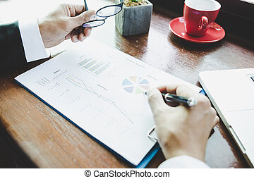 do góry., handlowy, concept., graphs., wykresy, analiza, strategia, analizując, dochód, zamknięcie, człowiek