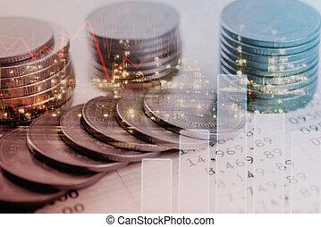 dobbel eksponering, guld mønteter, penge, og, graph, økonomi, by, investering, finans, og, bankvirksomhed, concept.