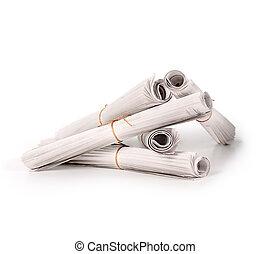 doblado, periódicos, pila