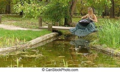dobosz, kobieta, powiesić, instrumentować muzykę, ...