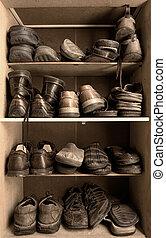 doboz, cipők