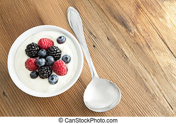 dobrany, świeży, jagody, z, śmietankowy, jogurt