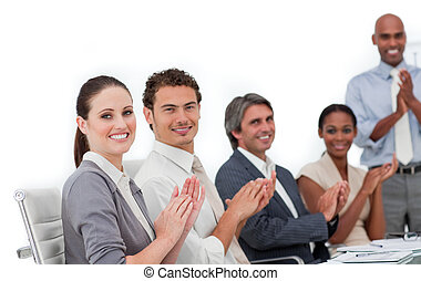 dobro, business národ, aplaus, sebejistý, věnování