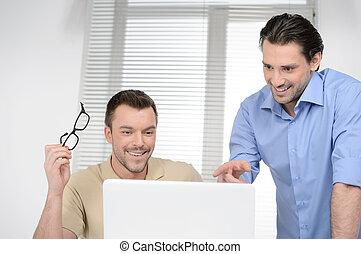 dobry, handlowy zaludniają, dwa, radosny, komputer, coś, ...