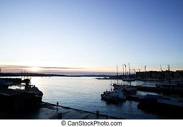 Dock at Dusk - The Oslo fjord dock at dusk - akerbrygge