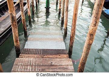 dock in venice
