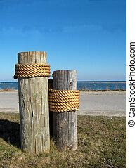 dock, poteaux