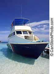 Yacht - Docking Yacht