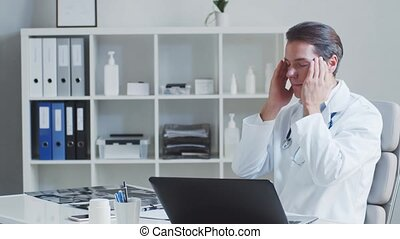 docteur, hôpital, fatigué, fonctionnement, bureau., monde ...