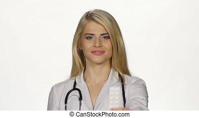 docteur, paquet, tablettes, appareil-photo., blanc, spectacles