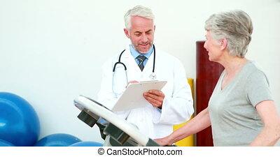 docteur, regarder, patient, pas, utilisation