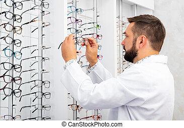 docteur, vérification, lunettes fermé, les, vitrine