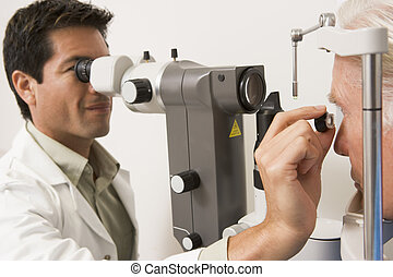 docteur, vérification, malade, yeux