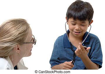 lady doctor explaing to a child how a stethoscope works