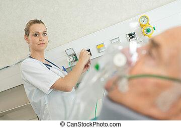 doctor, utilizar, un, máquina, en, un, paciente