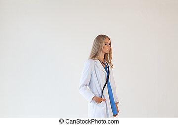 doctora, con, estetoscopio, en, hospital, enfermera