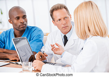 Doctors at the meeting.