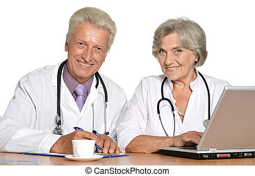 doctors with a laptop